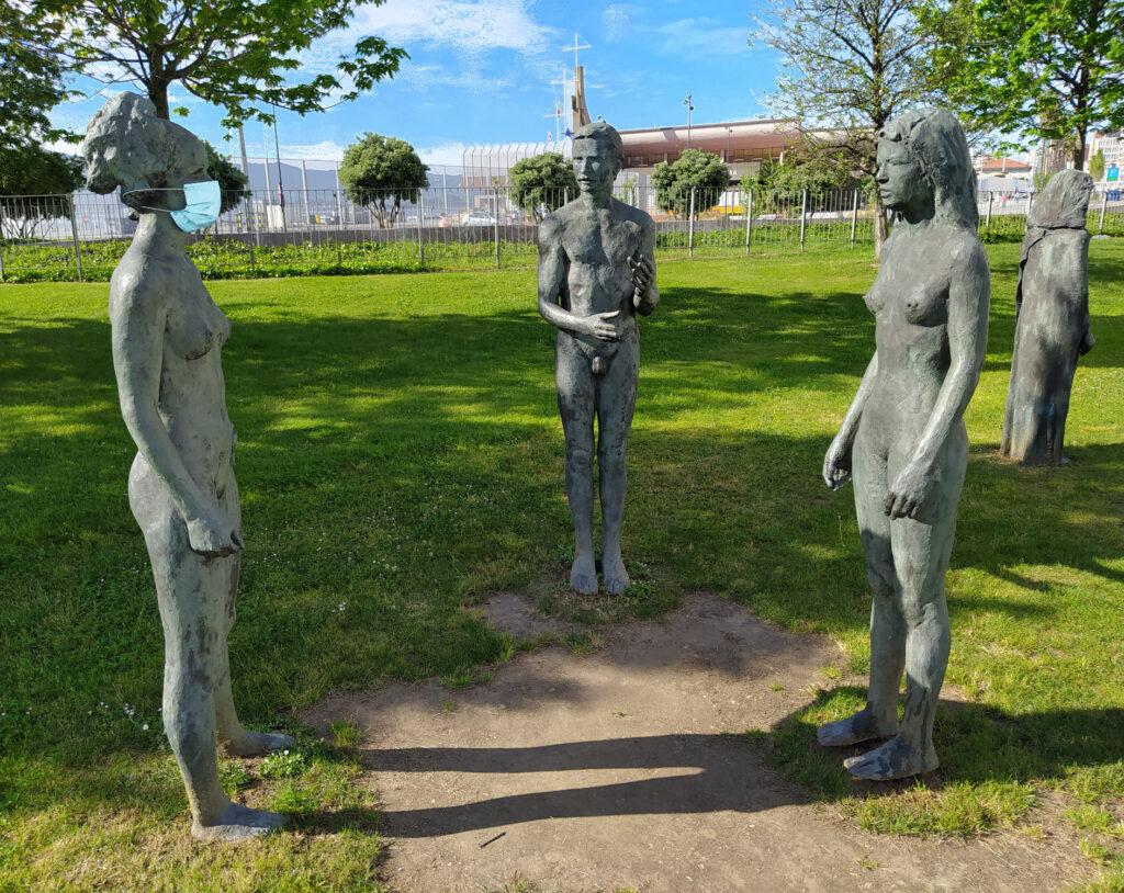 monumento al distanciamiento social